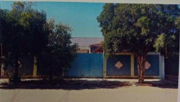 Casa com Terreno 300m² (10x25) - Jd. Santa Martha - Vargem Grande do Sul