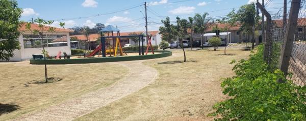 Casa 2 Dorm + Vaga - Moradas São Carlos I