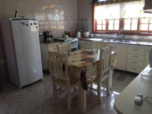 Casa 4 Dorm (2 Suites) - Praia de Pernambuco - Guaruja